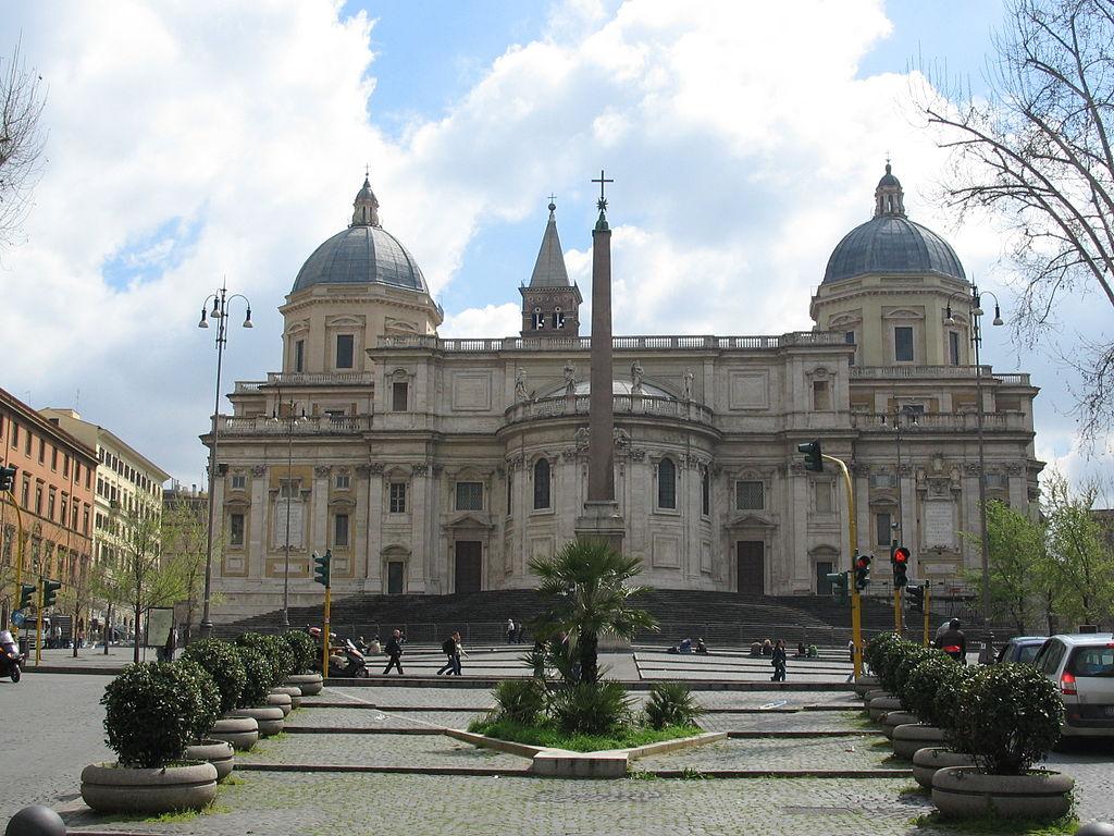 Piazza Esquilino with Basilica di Santa Maria Maggiore