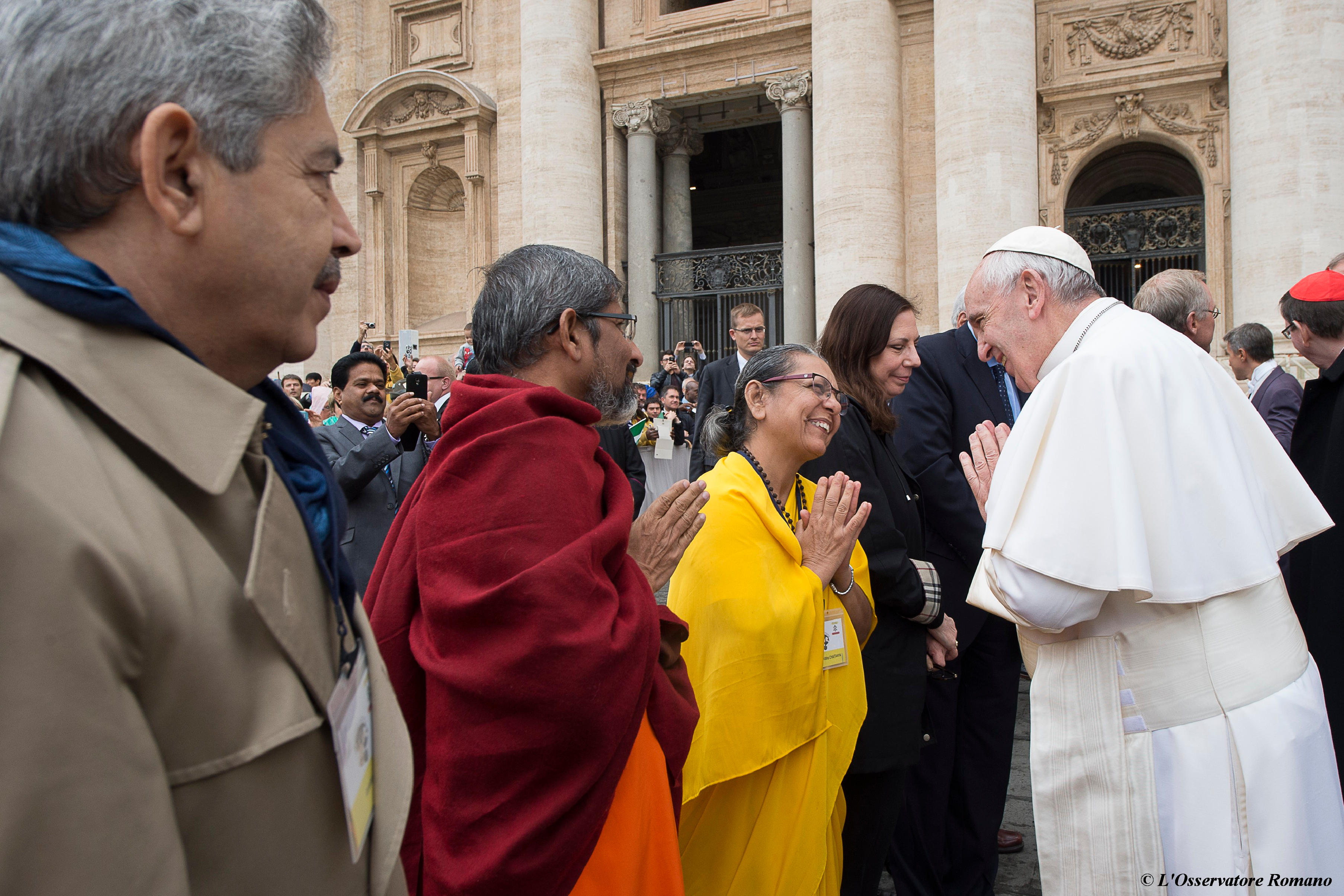 """Interreligious"" General Audience in St. Peter's Square of Wednesday"