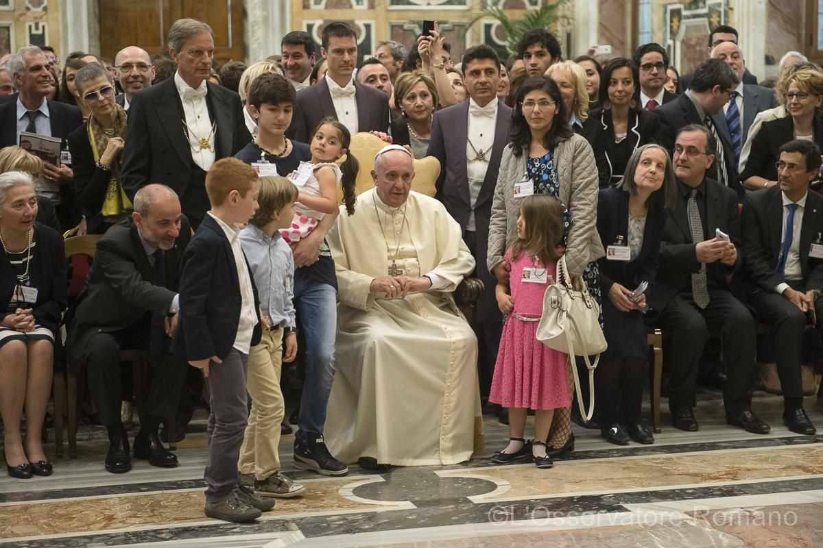 Pope Francis receives participants in the conference sponsored by the Science and Life Association
