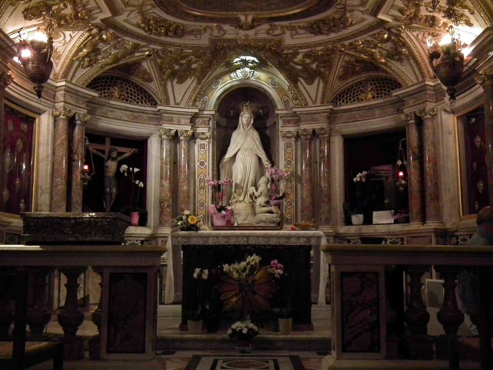 Statue of Our Lady of Mercy (Savona