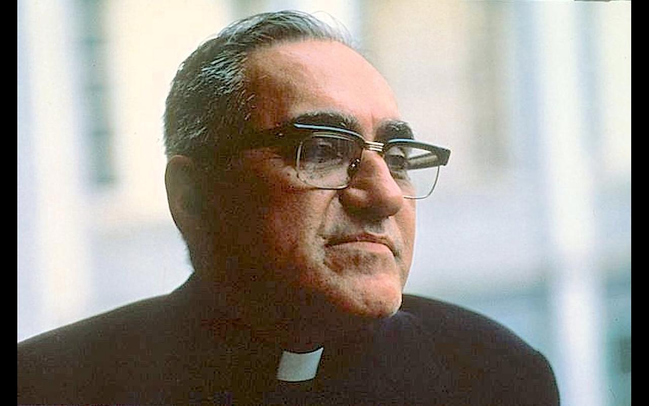 Mons. Romero arzobispo de El Salvador