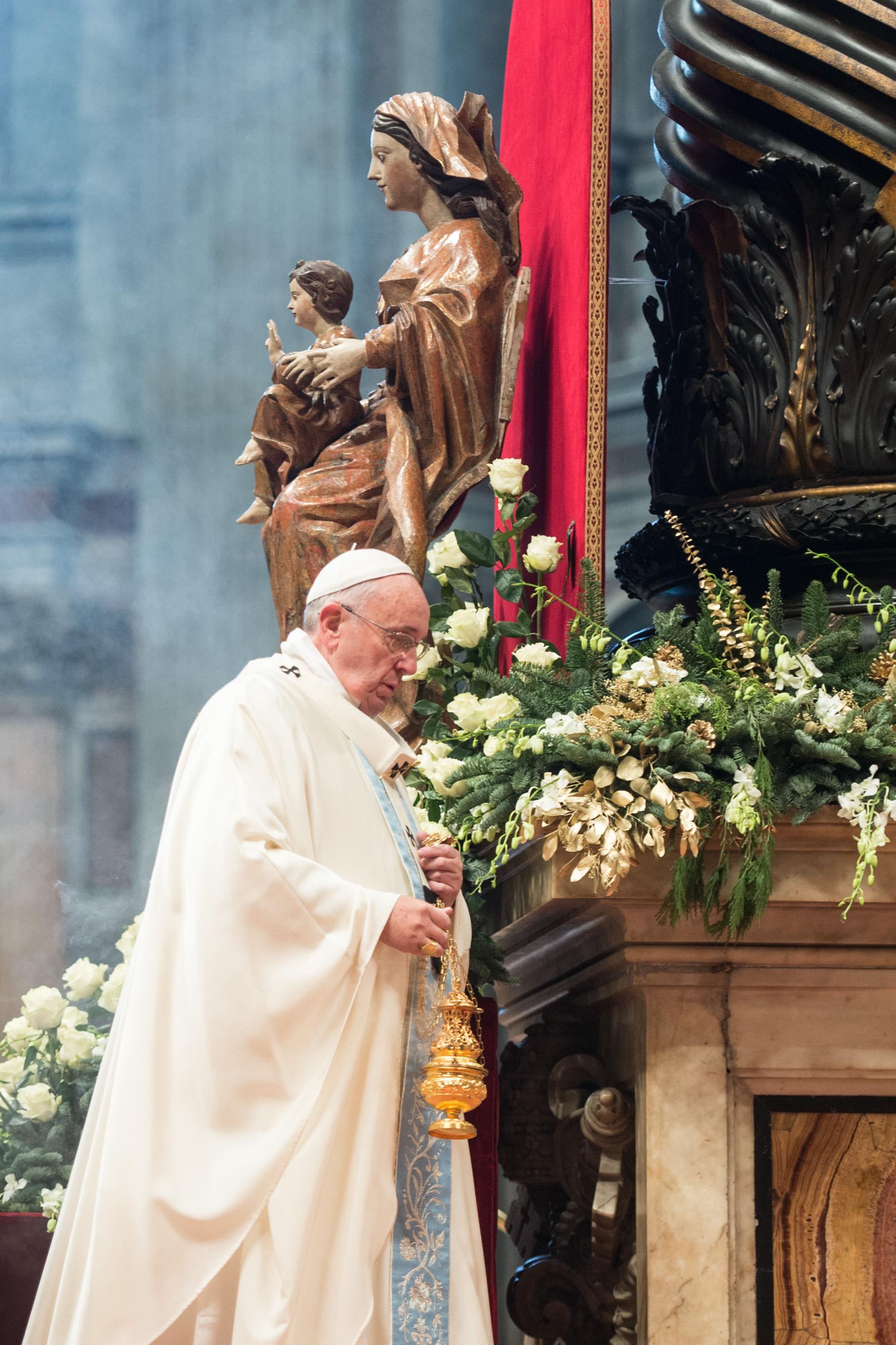 Francis pope in Saint Peter basilic