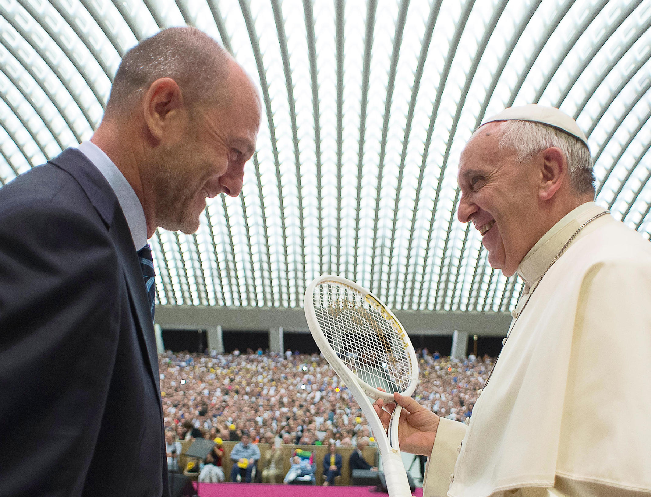 Pope Francis whit the Italian Federation of Tennis in Paul VI room - May 8  friday 2015