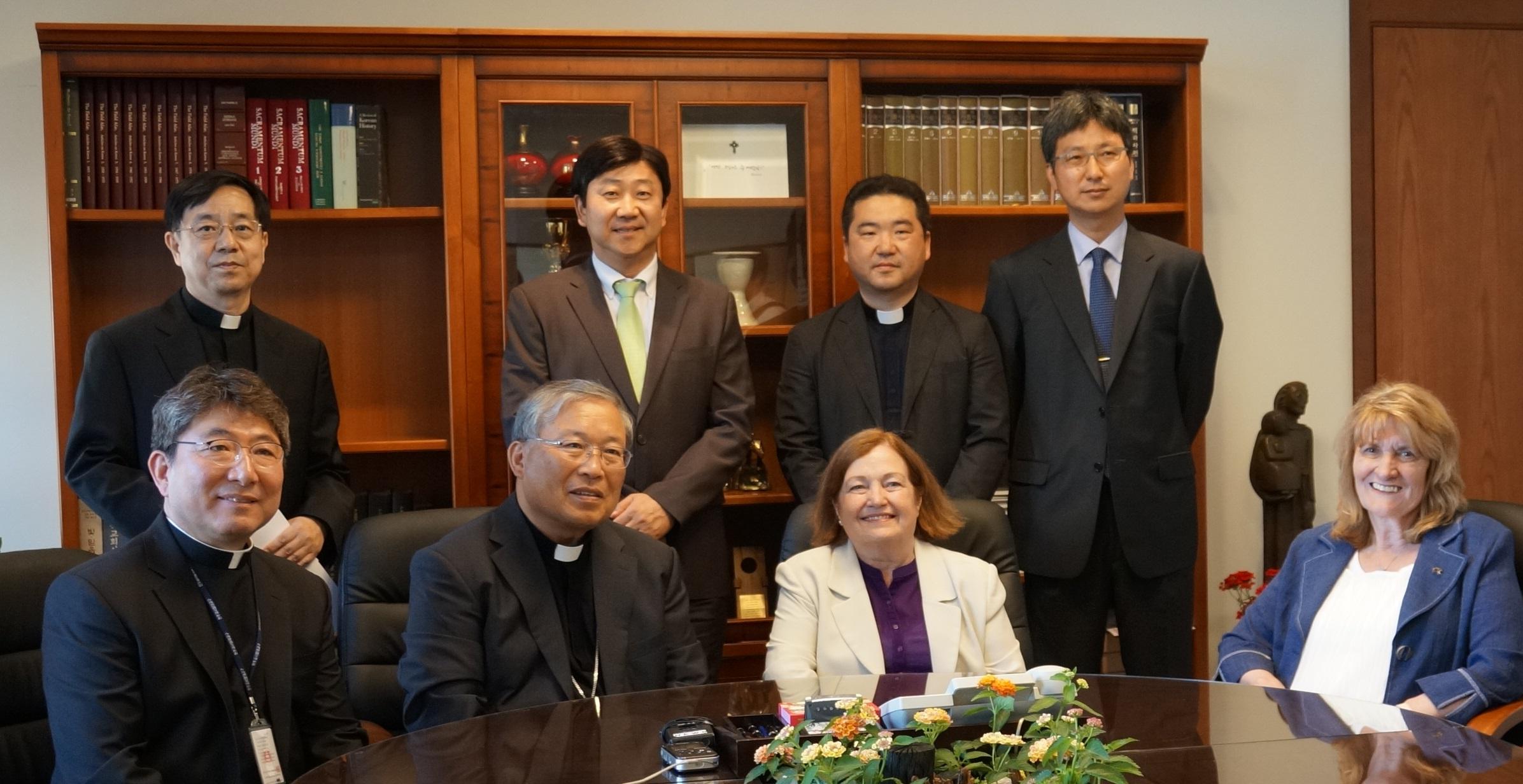 Cardinal Andrew Yeom Soo-jung Meets With Women Cross DMZ