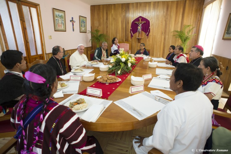 Pope has lunch with indigenous