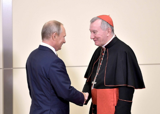 Pres. Putin and Card. Parolin in Sochi 23/08/2017 © kremlin.ru