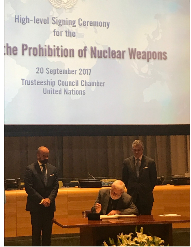 Nuclear Test Ban Treaty signature by Holy See, Archbishop P. R. Gallagher, New-York, Sept. 20 2017 @ Holy See Mission