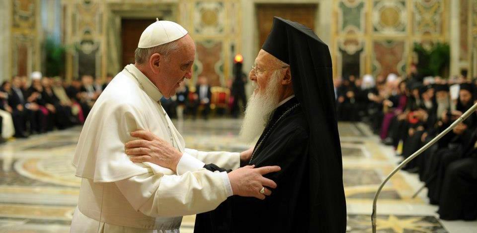 Francis & Bartholomew © L'Osservatore Romano