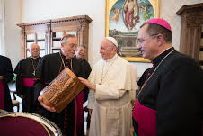 Honduran Bishops with Pope © L'Osservatore Romano