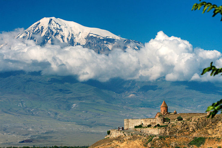 Kohr Virap (Armenia) Wikimedia Commons (MrAndrew47)