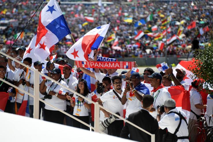 Jeunes Du Panama À Cracovie2016, CCEW - Mazur, CC BY-NC-SA