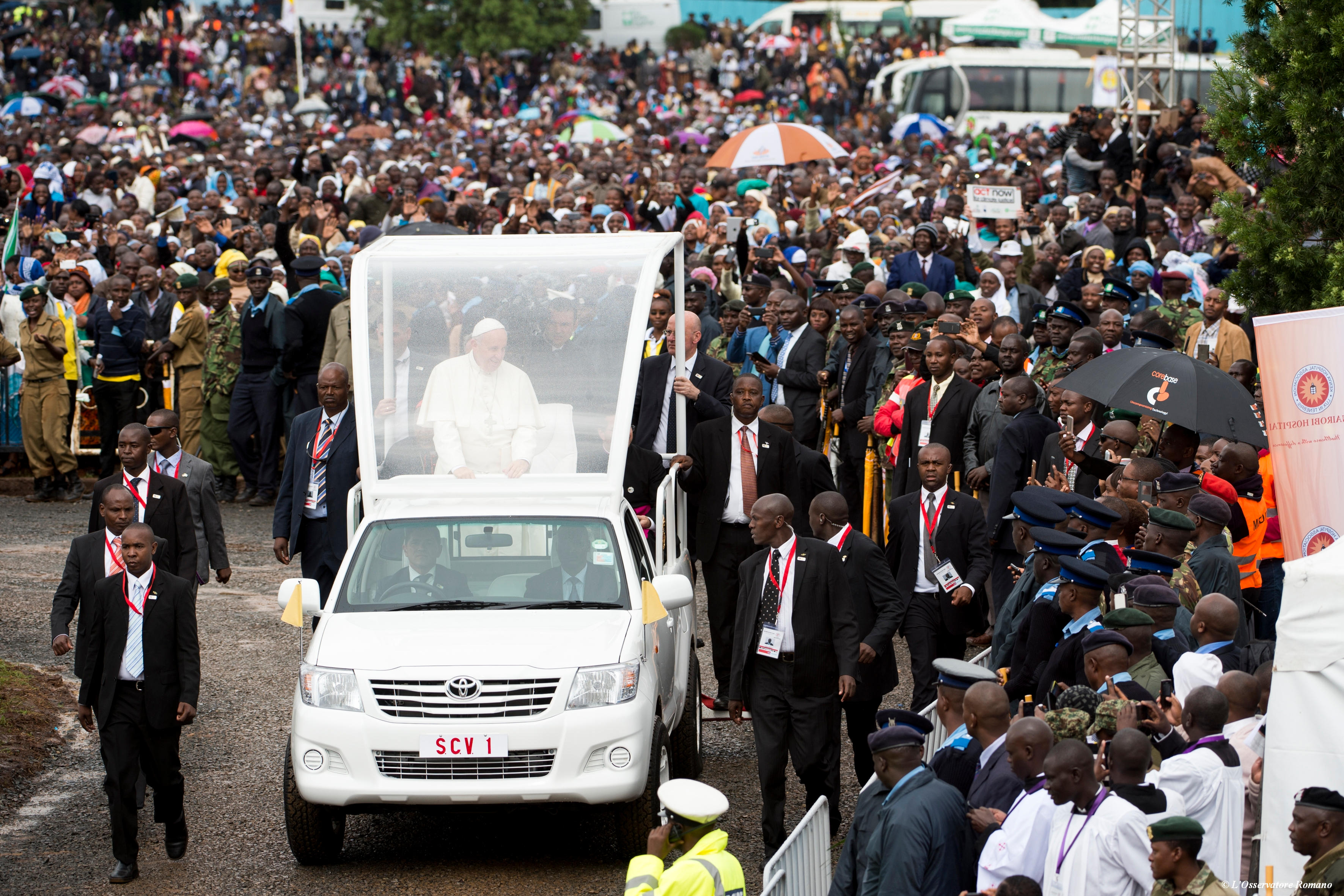 Pope Francis in Kenya 2015 © L'Osservatore Romano