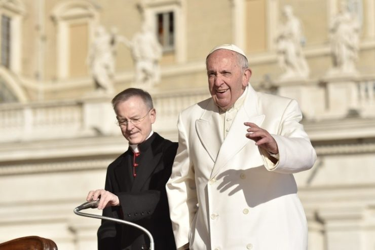 In Every Man, We Must See a Brother, ' Pope Suggests to Arabic